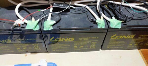 太陽光発電、蓄電池LONG KPH100-12ANを3台並列接続してみた
