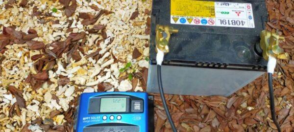 バッテリー接続チャージコントローター作動