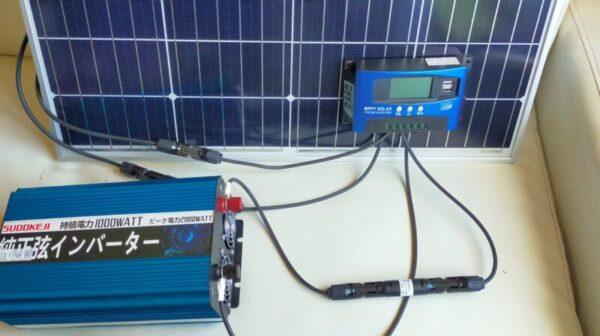 ソーラーパネルとMPPTチャージコントローラー