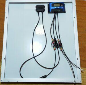 チャージコントローラーとソーラーパネルとバッテリー接続方法