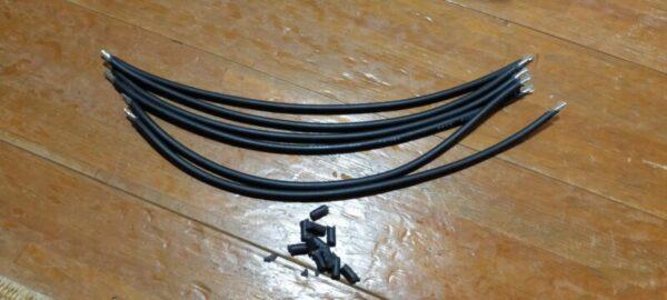 3.5Sqケーブル6本両端1cmペンチで剥いだ後、電線がむき出し