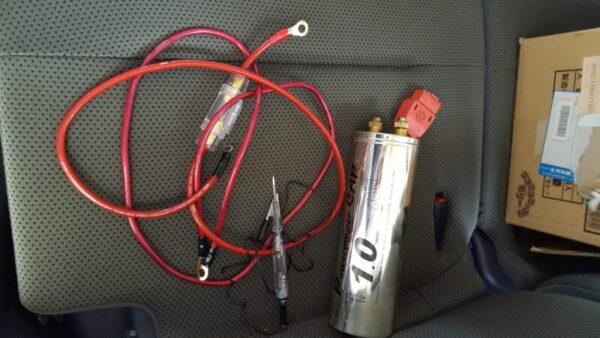 走行充電を搭載してノイズ対策キャパシター搭載