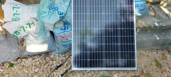 太陽光発電を使ったリン酸鉄リチウムイオンバッテリー充電の実験中