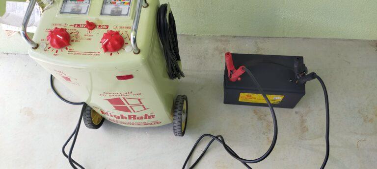 大型の充電器を使ってリチウムイオンバッテリーを充電してみた